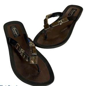Grandco Jeweled Women's Black Thong Sandals Sz 9.5